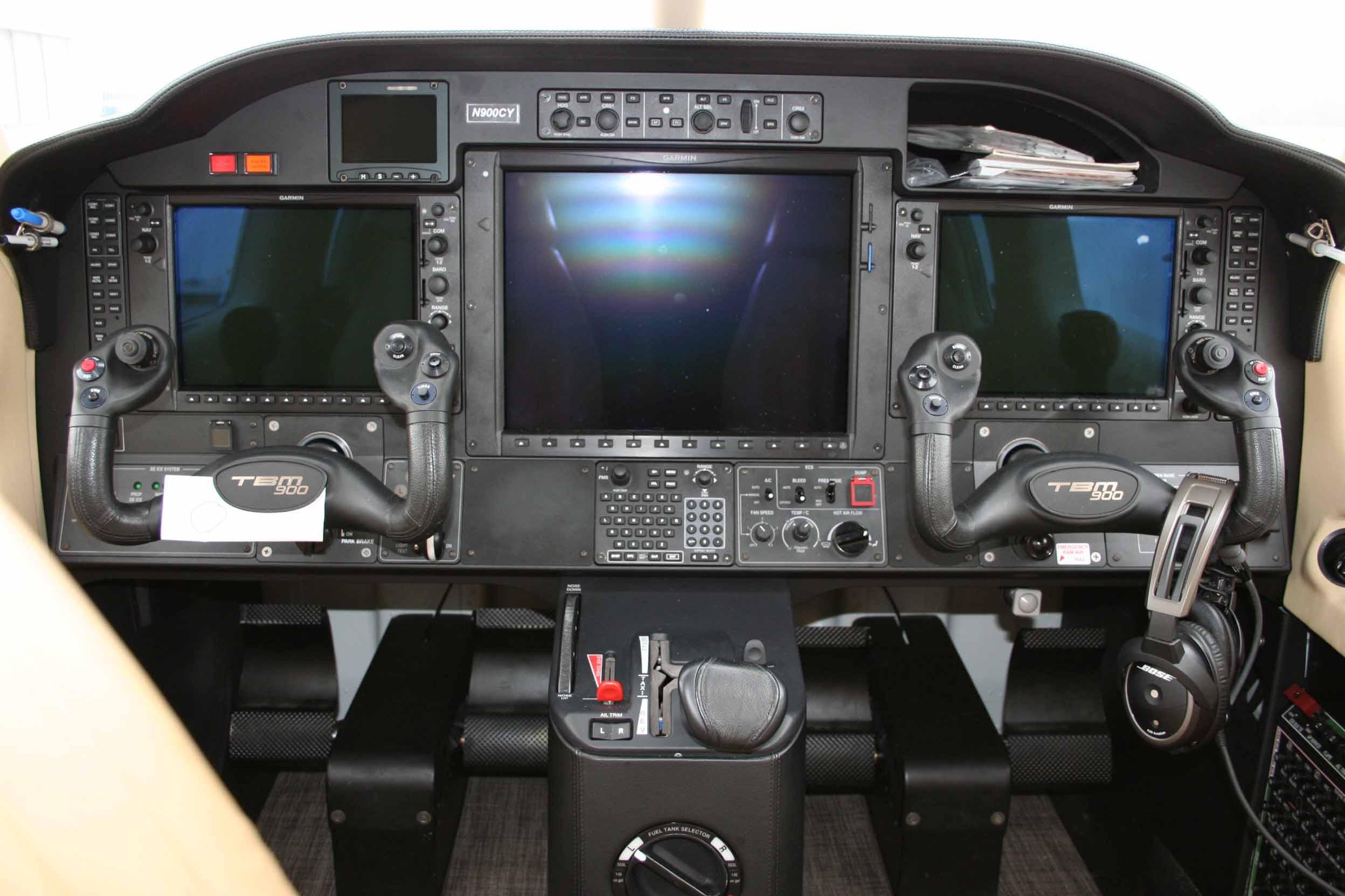 N900CY Panel web